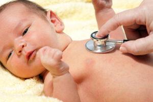 Mere hjælp til nyfødte og deres forældre fra sundhedsplejersken