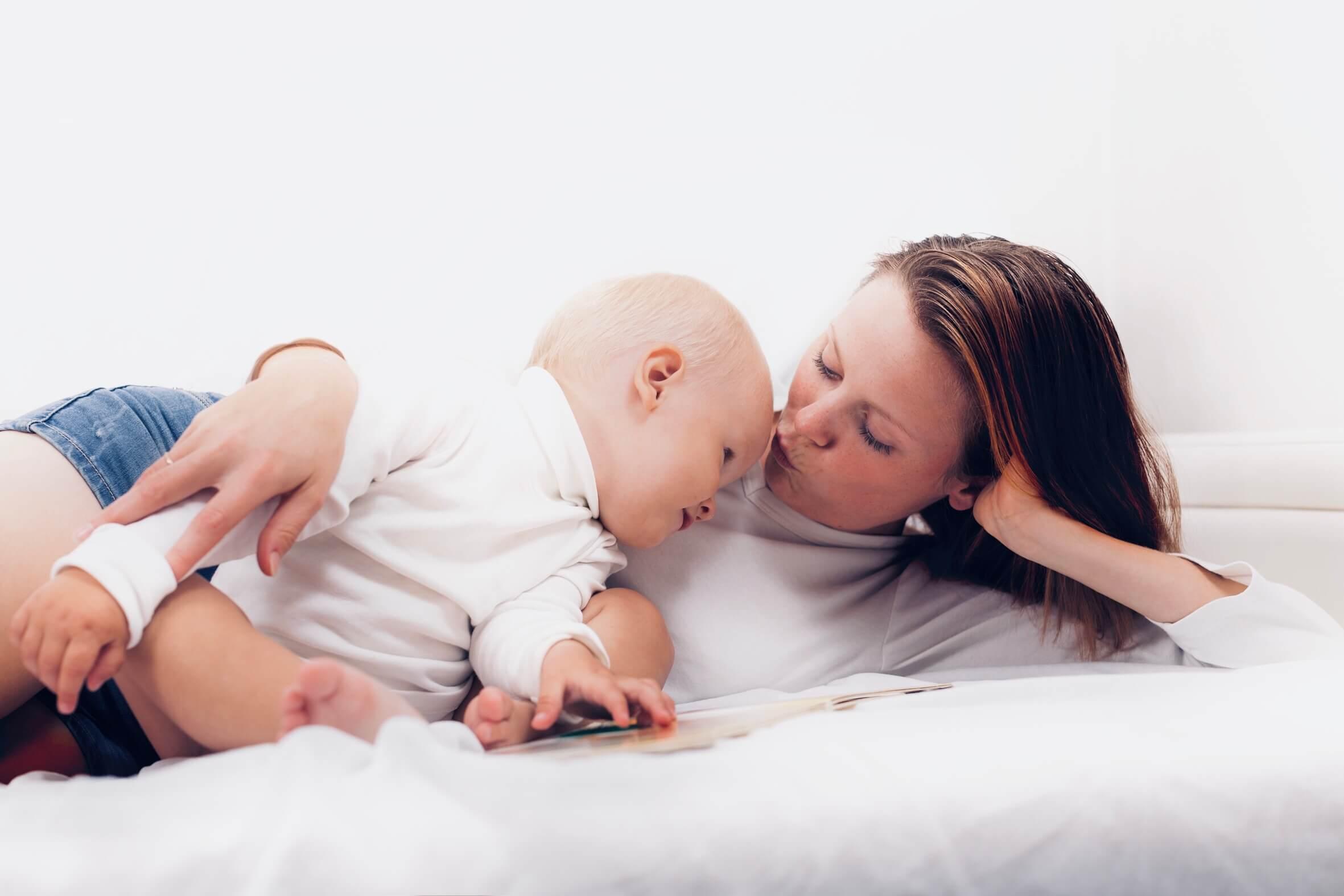Pas baby hjemme og bliv betalt for det